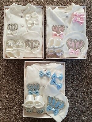 Babies Boy Girls Baby Grow 4 Piece New Born - 3m Boxed Gift Set Blue Pink White