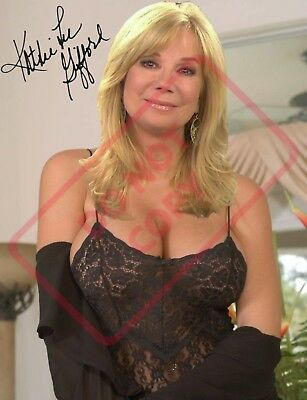 REPRINT  8x10 Signed Photo: Kathie Lee Gifford