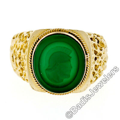 Mens Vintage 18K Yellow Gold Green Agate Intaglio Solitaire Nugget Textured Ring