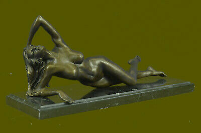 Amazing Large American Solid Bronze Nude Woman Lady Figure Signed