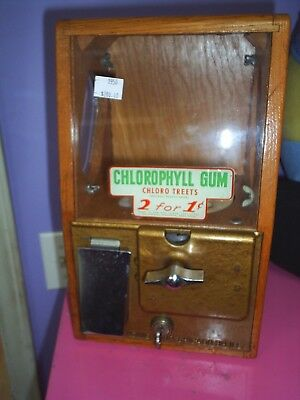 Victor Model Baby Grand Chlorophyll gum machine 1951's OEM glass and decal #2B