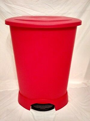 Rubbermaid Polyethylene 30 Gallon Step-On Waste Receptacle Red Utility Trash Can