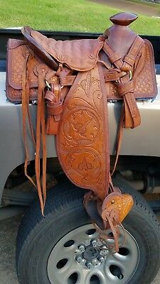 "Vintage 14"" Western Saddle Full Floral Tooled Exposed Wood Tree Tapaderos ""SNP"""