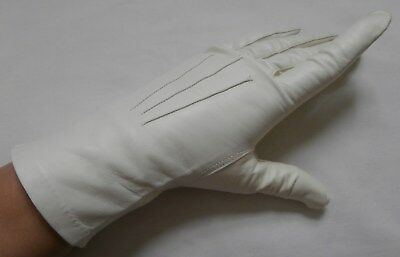 BNIP Vintage 1950's Ivory Kid Leather Gloves Sz 7, Med Company of Master Glovers