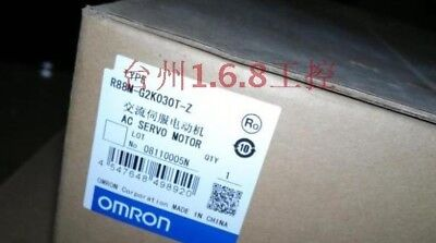 Omron R88M-G2K030T-Z  New In Box