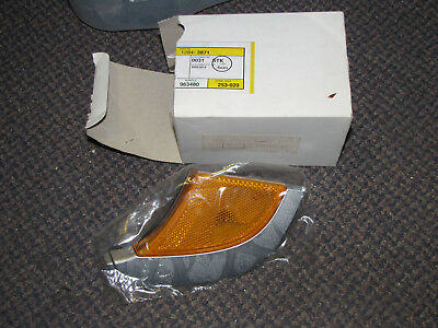 NEW OE SAAB 9-5 LH Driver Side Griffin Edition Corner Light Assembly 12843871
