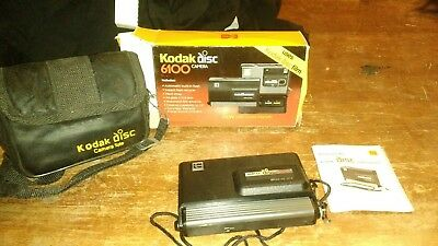 Kodak Disc 6100 Camera w/ film and case original photography Eastman Kodak