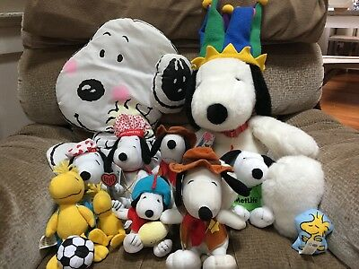Lot of 12 PEANUTS SNOOPY DOG  PLUSH STUFFED ANIMAL TOY Different Varieties