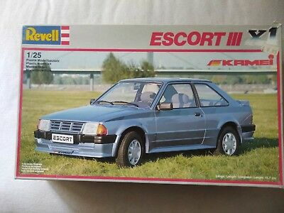 Rare Vintage (1986) Revell Ford Escort XR3 X1 for repairs or spares - 1/25 Scale