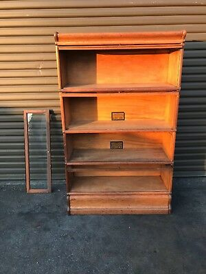 Antique Oak Bookcase – Globe Wernicke, 4 sections