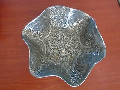 very pretty heavy silver coloured dish fruit decoration