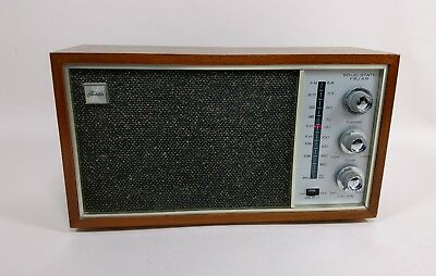Vintage Toshiba Transistor Radio Model 7H-898F Solid State Made in Japan