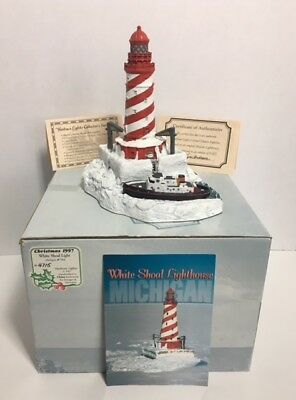 Harbour Lights Lighthouse #704 White Shoals, MI Edition #4715 out of 8000 w/COA