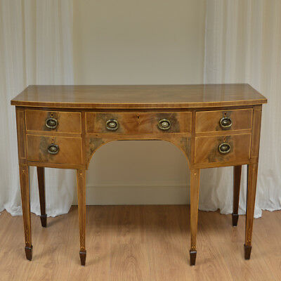 Fine Quality Regency Mellow Mahogany Bow Fronted Antique sideboard