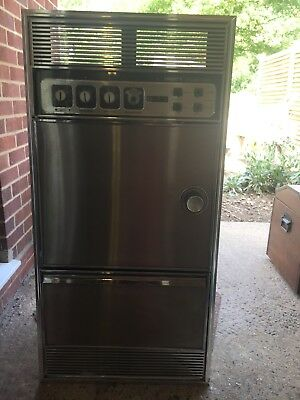 Retro 1970 Electric built in double oven  ideal tv prop