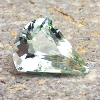 UNTREATED BLUE GREEN TOPAZ-NAMIBIA 7.04Ct FLAWLESS-PRECISION FACETING-FOR JEWELR