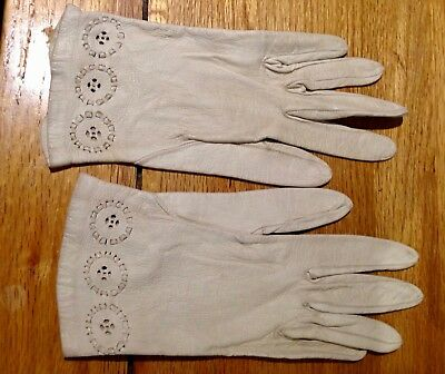 Original vintage white leather gloves, Small size