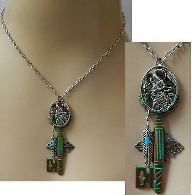 Wolf Moon Key Necklace Pendant Jewelry Handmade NEW Silver Fashion Green Chain