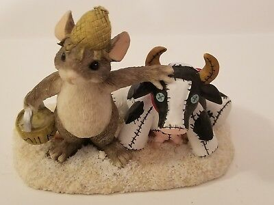 """CHARMING TAILS """"FARMER MACKENZIE""""  Limited Mouse & Cow  EXCELLENT CONDITION"""