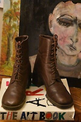 Bohemian, grunge VTG Nine West Lace-Up Ankle Boots Chunky Heel Brown 90s Sz 9