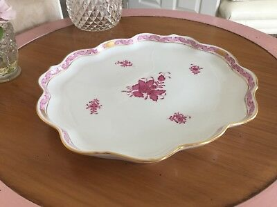 Herend Large Tray Raspberry and Gold 11.5 x 10 inches 7506/AF K92. Niang Nanking