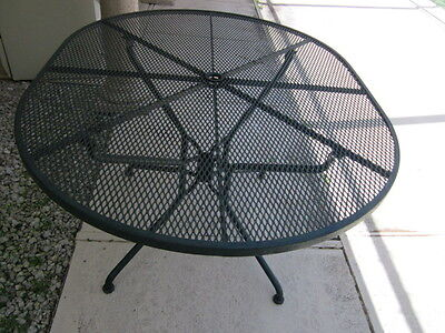 Russell  Woodard Sculptura oval table  vintage 1950 circa Shipping not Included