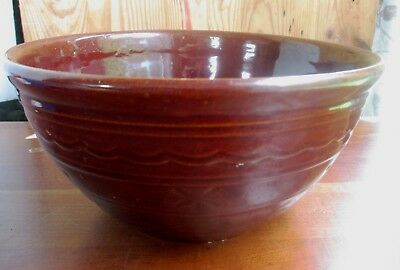 1930's MarCrest Brown Daisy Dot Bowl STONEWARE Large Mixing/Serving OvenProof