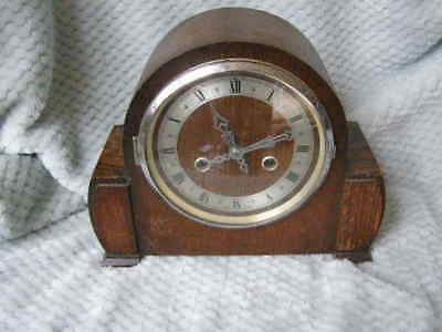Antique Vintage Enfield  Oak Cased  Chiming Mantle Clock