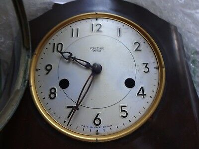 1950s Smiths Enfield Striking Clock Bakelite Mantel Clock for spare/repairs