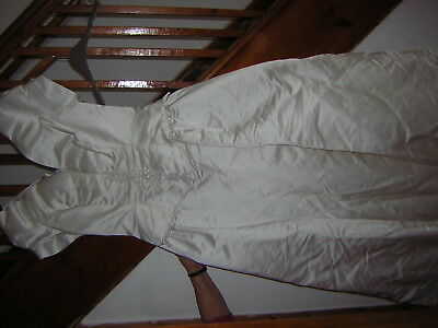 Ivory Wedding Dress And Train By House Of Bianchi Size 14 Made In The Usa