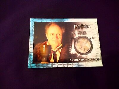 Harry Potter Heroes & Villains P11Slughorn's Cup from Hagrid's Hut Prop Card