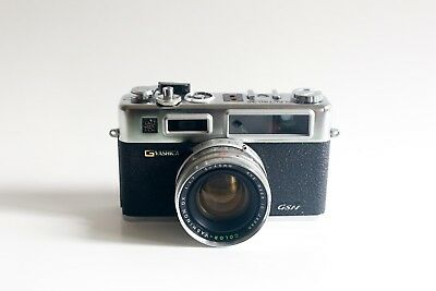 Yashica Electro 35 GSN plus Leather Case - Battery Tested, Meter Responsive!