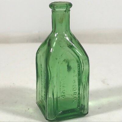 """Vintage Green Glass Chief Wahoo Electric Tonic Bottle 3"""" Apothecary"""