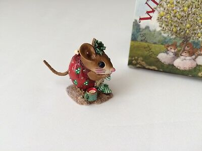 Wee Forest Folk NM-1a  CHRISTMAS NIBBLE MOUSE, Red - MINT in Box