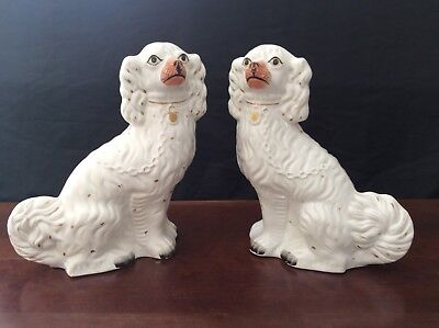 Antique Pair Of Large Mantle Spaniels Fan Tail Staffordshire Style Wally Dogs