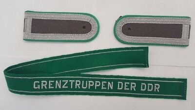 German Army NCO Shoulder Boards And Cuff Title.