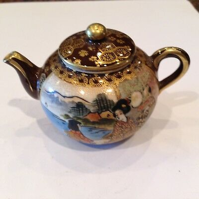 Exquisite Antique Satsuma Miniature Tea Pot Signed