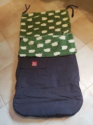 Buggy Snuggle explorer green sheep design reversible with waterproof outer