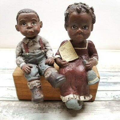 Sarah's Attic Figurine -Willie and Tillie on Bench - Granny's Favorite - 1989