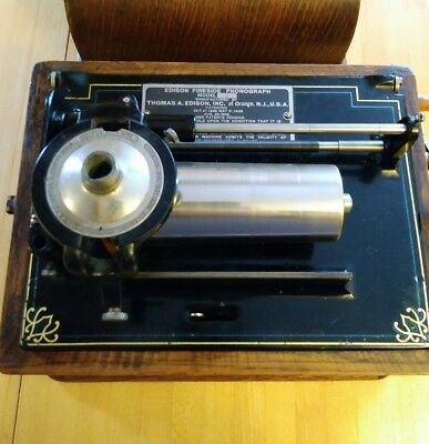"""Edison FIRESIDE B Phonograph with """"N"""" Reproducer"""