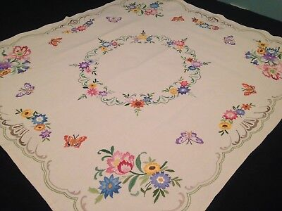 VINTAGE HAND EMBROIDERED LINEN TABLECLOTH ~ BUTTERFLIES And FLOWERS ~ EXQUISITE