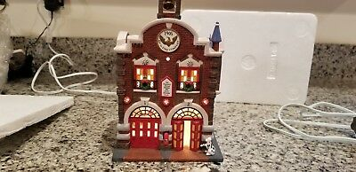 Department 56 Christmas in the City 42nd St. Fire Company - EXC+++
