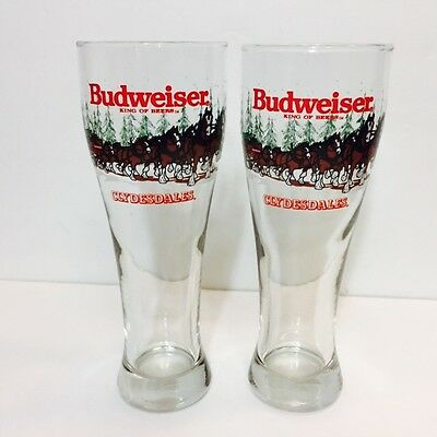 Anheuser Busch Budweiser Clydesdale Christmas Holiday Pilsner Beer Glasses (2)