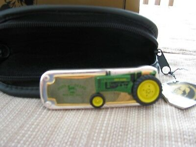 franklin mint john deere knife 1948 Model B In original box