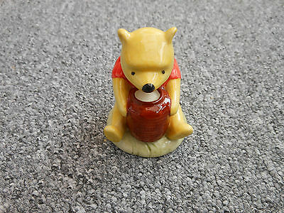 Royal Doulton Winnie the Pooh and the honeypot figure WP1