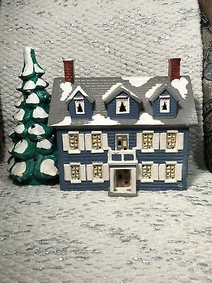 DEPT 56 SNOW VILLAGE - CHRISTMAS - THE WILLIAMSBURG HOUSE 1986 As is