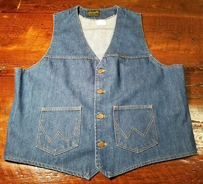 Vintage XL Mens Wrangler Denim Vest Cowboy Western Button Up blue Jean rodeo USA