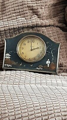 Antique  8 day clock see photos very japanese looking