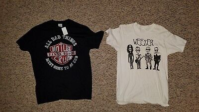 Lot Of 2 80S 90S Rock T-Shirts Weezer Motley Crue