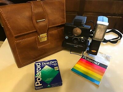 Vintage Polaroid SX-70 SE Sonar One Step Land Camera w/Flash, Case And More!!